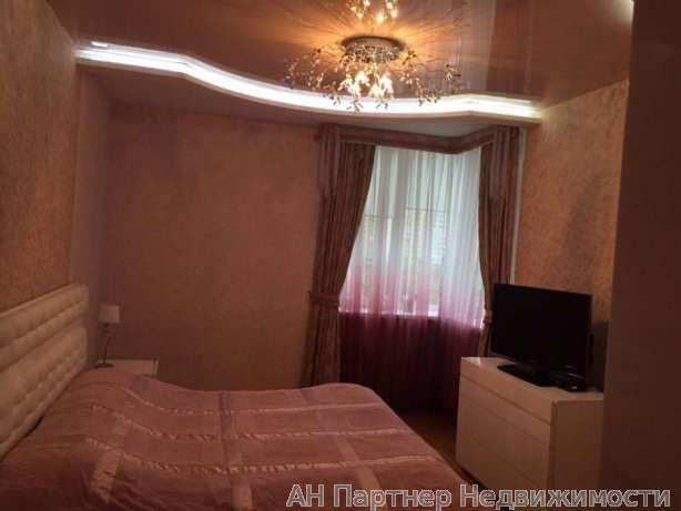 Фото 3 - Продам квартиру Киев, Ахматовой Анны ул.