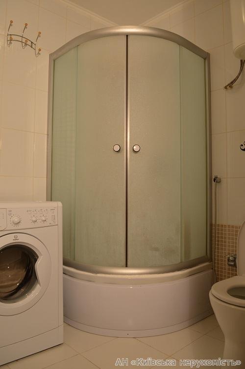 Фото 5 - Продам квартиру Киев, Предславинская ул.