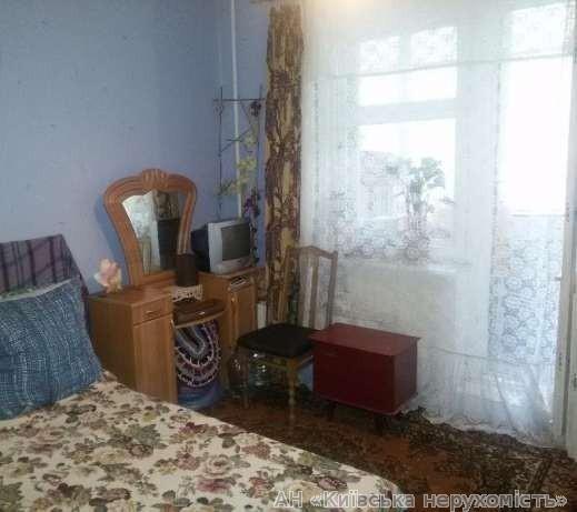 Фото 2 - Продам квартиру Киев, Печенежская ул.