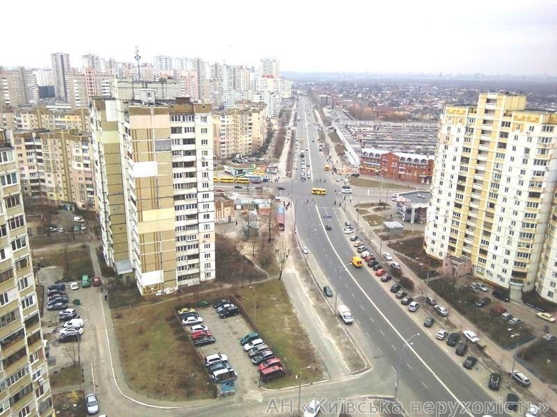 Фото 4 - Продам квартиру Киев, Радунская ул.