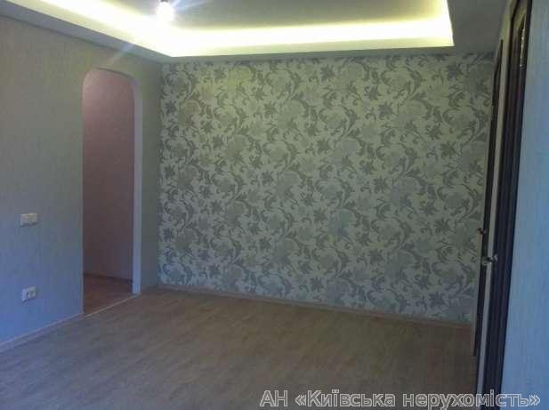 Фото - Продам квартиру Киев, Отрадный пр-т