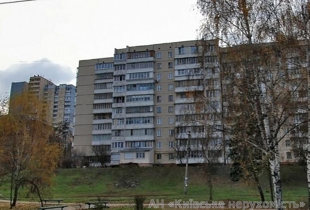 Фото - Продам квартиру Киев, Мостицкая ул.