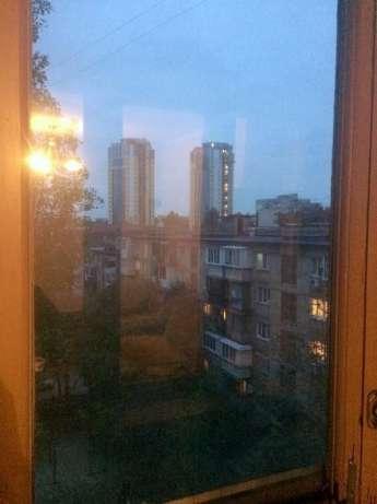 Фото 3 - Продам квартиру Киев, Кирилло-Мефодиевская ул.