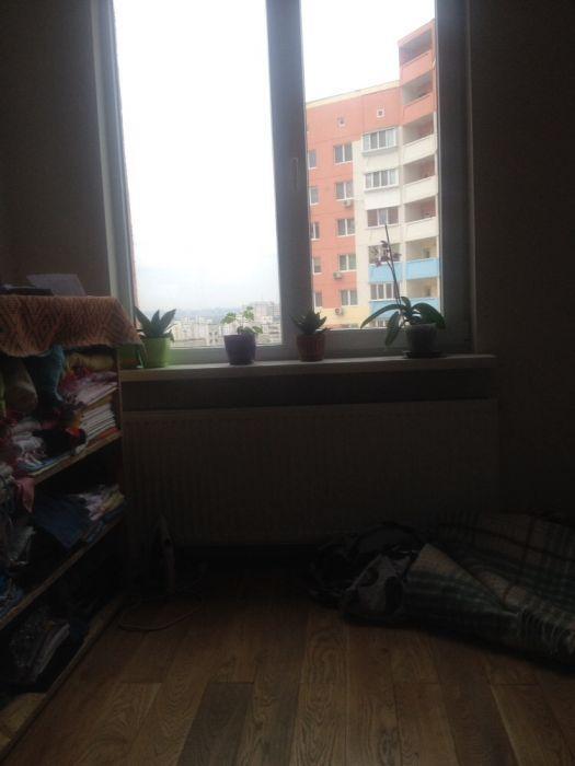 Фото - Продам квартиру Киев, Милославская ул.