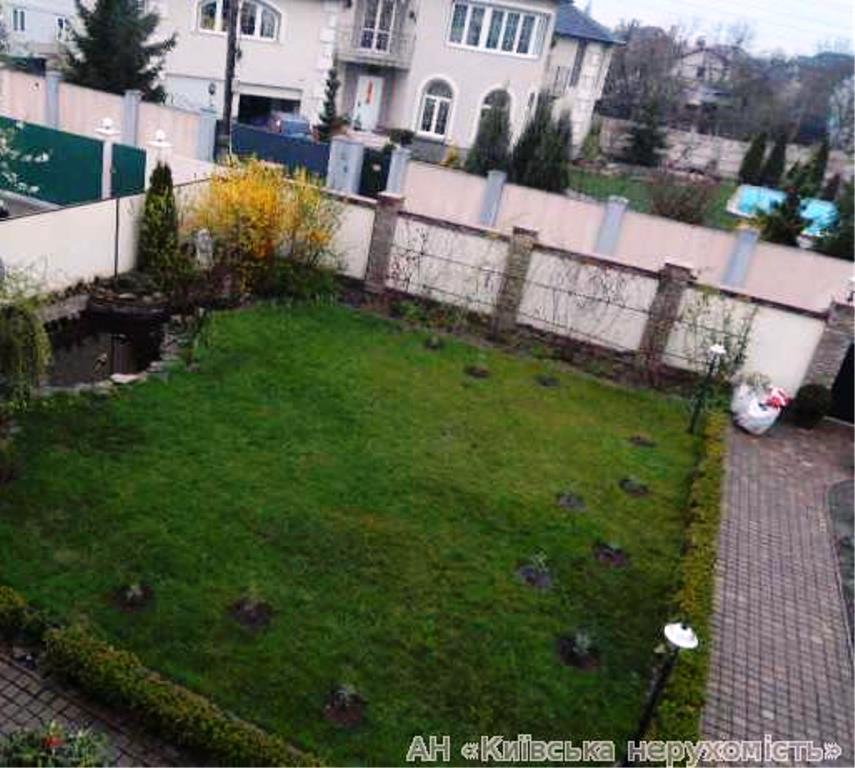 Фото 3 - Продам дом Киев, Садовая 8-я ул.
