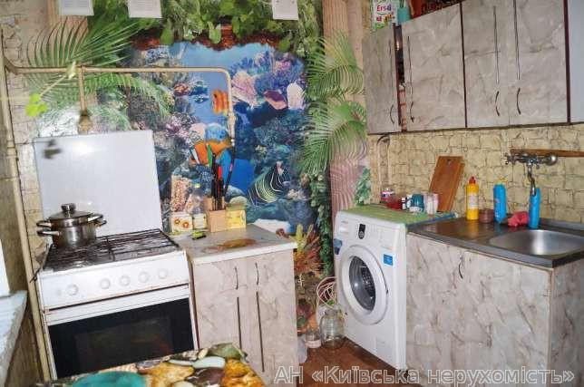 Фото 4 - Продам квартиру Киев, Юности ул.