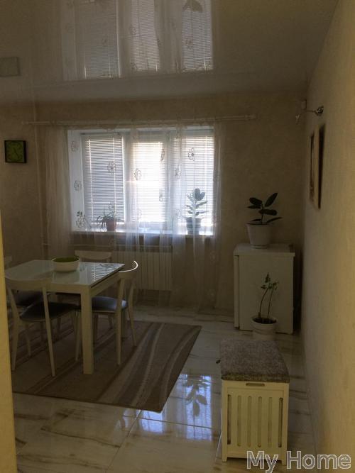 Фото 2 - Сдам квартиру Киев, Почайнинская ул.