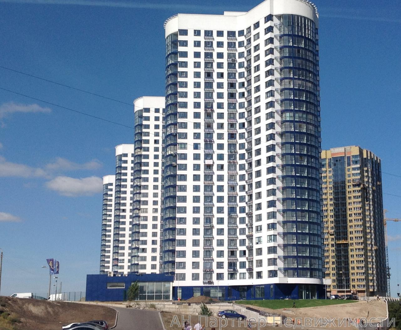 Фото - Продам квартиру Киев, Заречная ул.