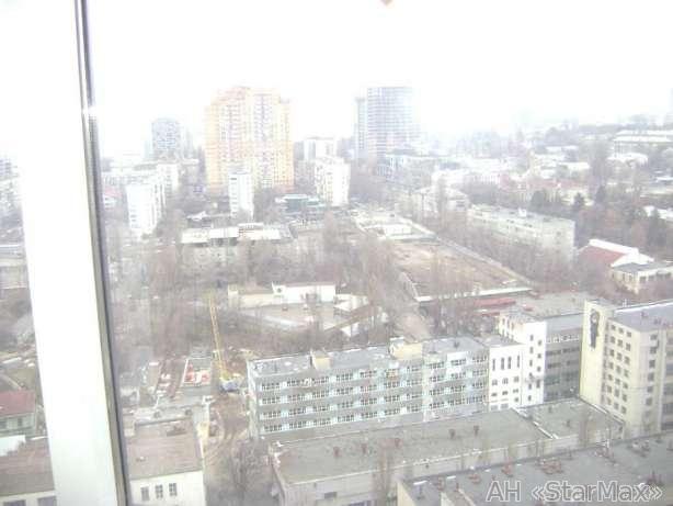 Фото 3 - Продам квартиру Киев, Барбюса Анри ул.