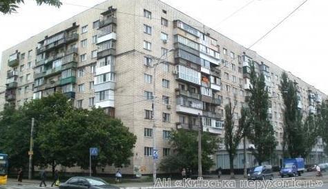 Фото 2 - Продам квартиру Киев, Ленинградская пл.