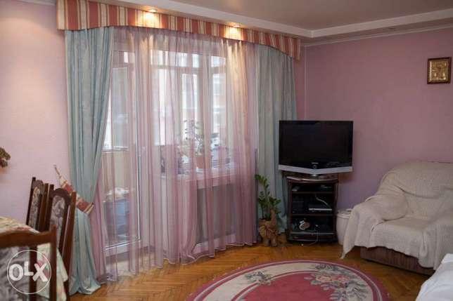 Фото 2 - Продам квартиру Киев, Речная ул.