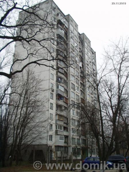Фото - Продам квартиру Киев, Баумана ул.