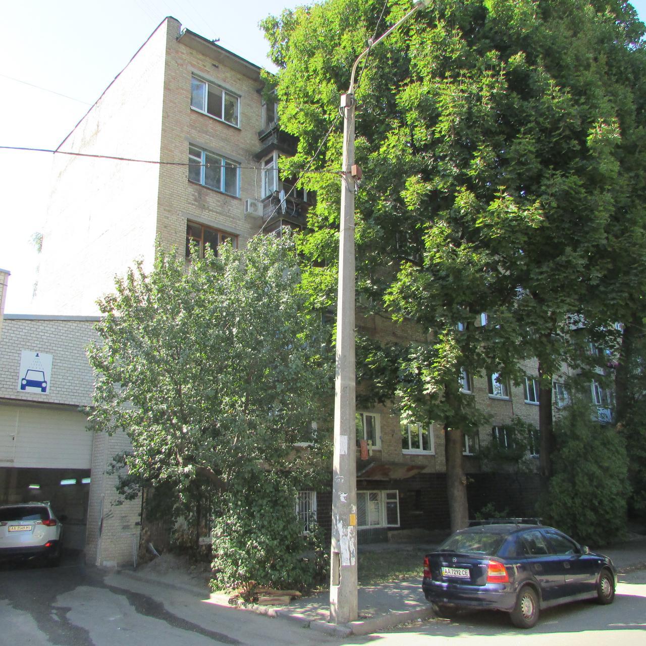 Фото 2 - Продам квартиру Киев, Бусловская ул.