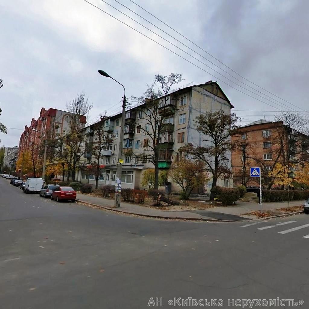 Фото - Продам квартиру Киев, Пожарского ул.