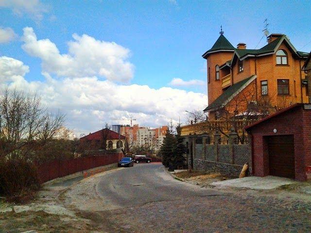 Фото 5 - Продам квартиру Киев, Майкопская ул.