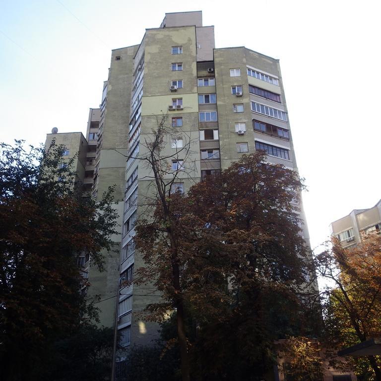 Фото 2 - Продам квартиру Киев, Антоновича ул.