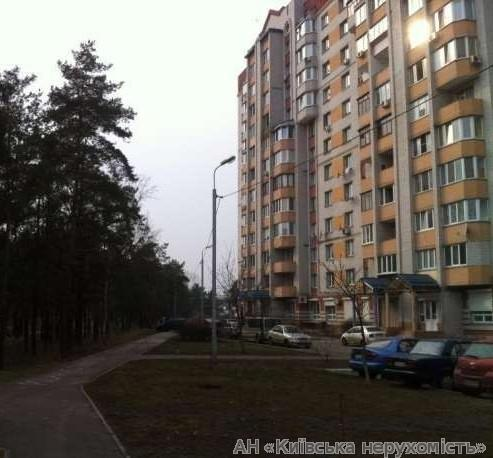 Фото 2 - Продам квартиру Киев, Алма-Атинская ул.