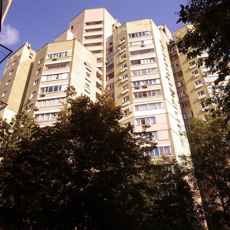 Фото 3 - Продам квартиру Киев, Антоновича ул.