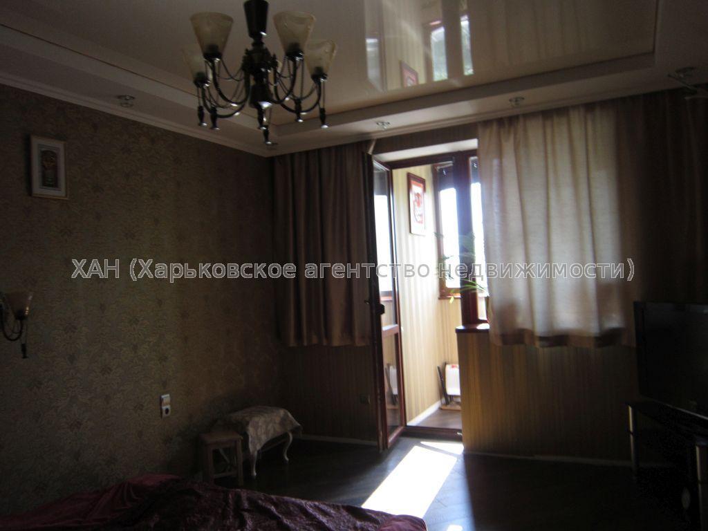 Продам квартиру Харьков, Маршала Жукова просп. 3