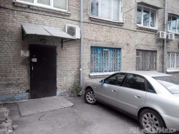 Фото - Сдам торговое помещение Киев, Юрковская ул.