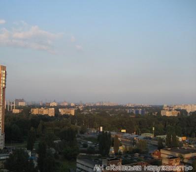 Фото 4 - Продам квартиру Киев, Верховинца Василия ул.
