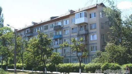 Фото 2 - Продам квартиру Киев, Труда бул.
