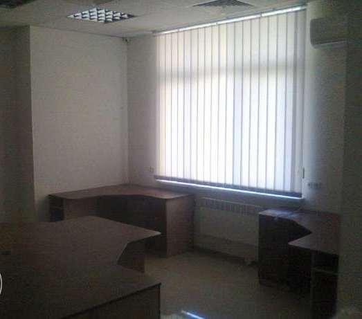 Фото 2 - Сдам офис в многоквартирном доме Киев, Ахматовой Анны ул.