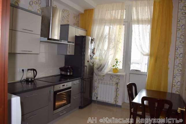 Фото 3 - Продам квартиру Киев, Красногвардейская ул.
