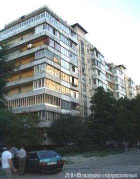 Фото 2 - Продам квартиру Киев, Булаховского Академика ул.