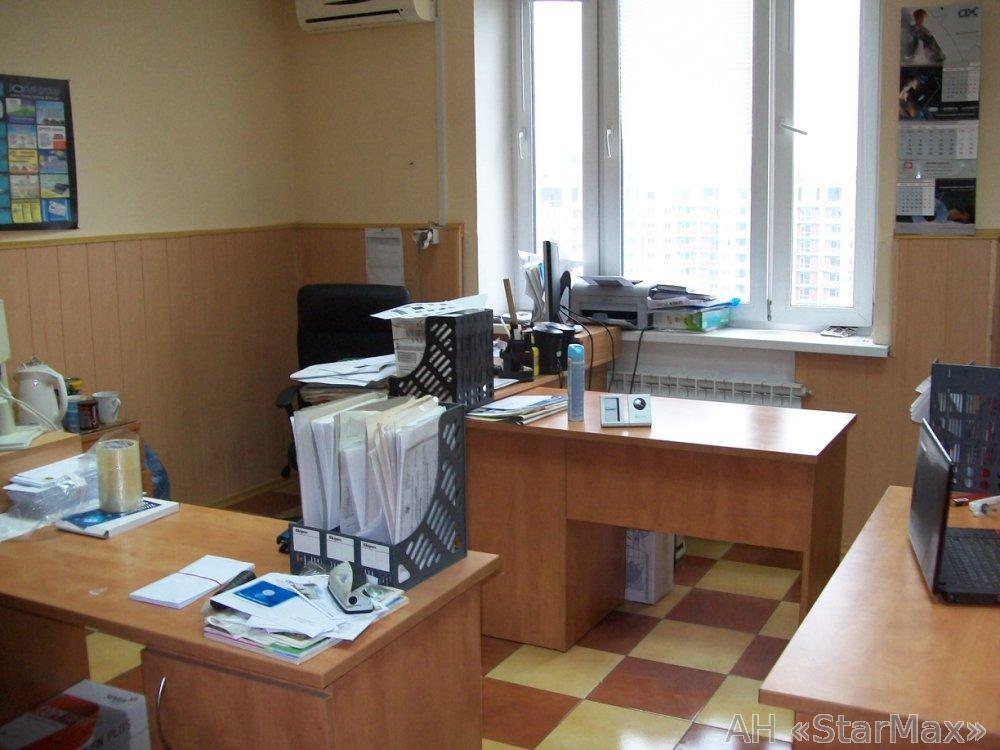 Фото - Сдам офис в офисном центре Киев, Здолбуновская ул.