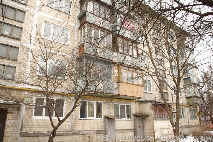 Фото - Продам квартиру Киев, Гречко Маршала ул.