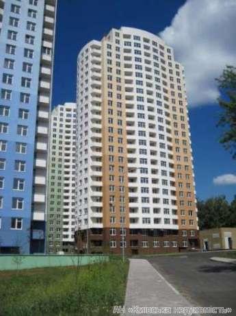 Фото 2 - Продам квартиру Киев, Антонова-Овсеенко ул.