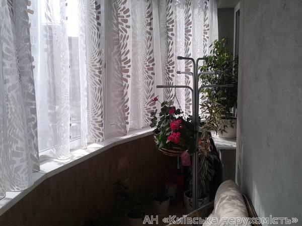 Фото 4 - Продам квартиру Киев, Никольско-Слободская ул.