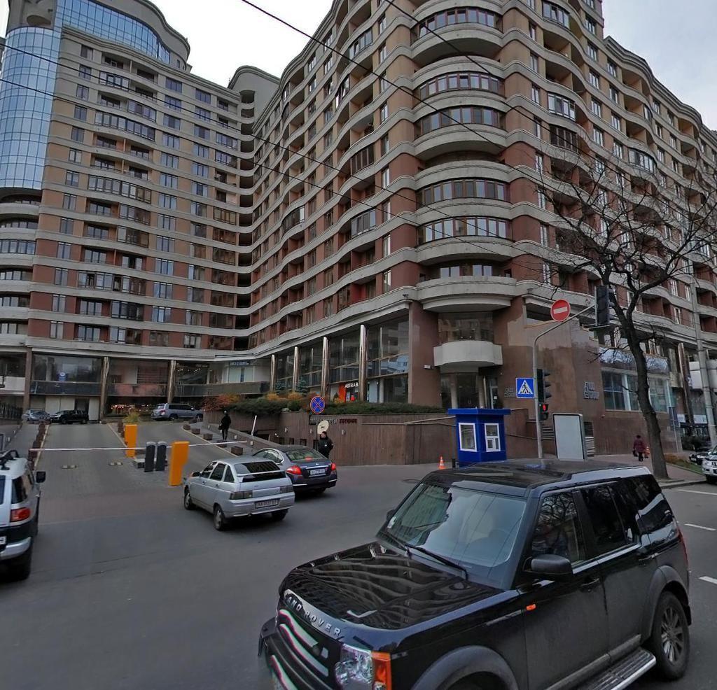 Фото - Продам квартиру Киев, Жилянская ул.