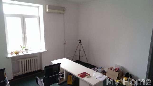 Фото 4 - Сдам офисное помещение Киев, Круглоуниверситетская ул.