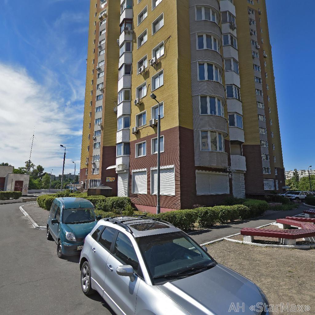 Фото 3 - Продам квартиру Киев, Сверстюка Евгения (Расковой Марины) ул.