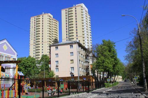 Фото - Продам квартиру Киев, Гарматная ул.