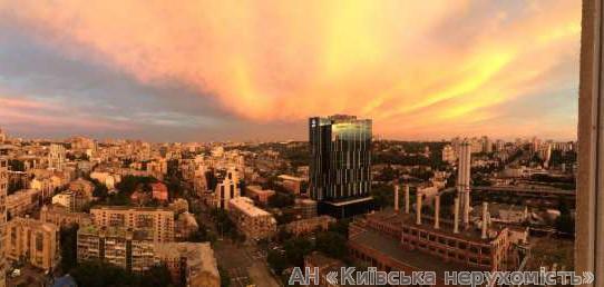 Фото 5 - Продам квартиру Киев, Жилянская ул.