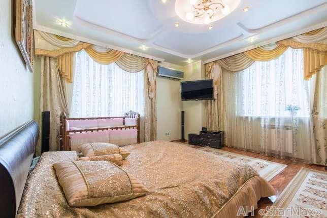 Фото - Продам квартиру Киев, Кольцова бул.