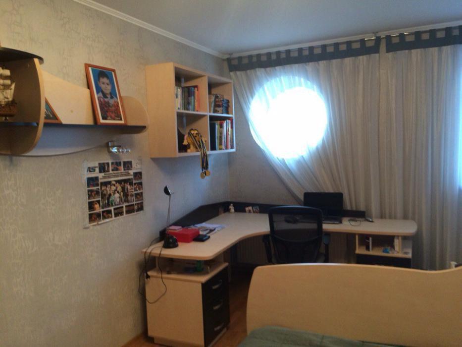 Фото 4 - Продам квартиру Киев, Голосеевская ул.