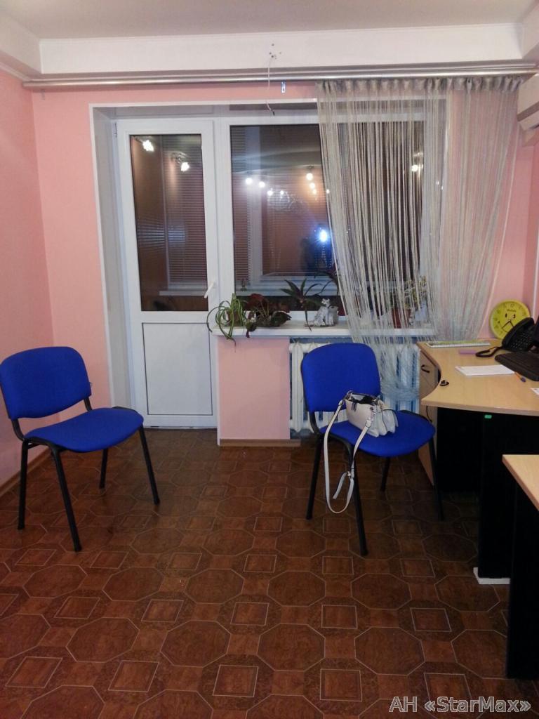 Фото 2 - Продам квартиру Киев, Бажова ул.