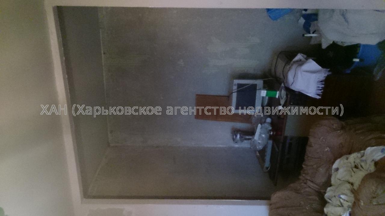 Продам квартиру Харьков, Гвардейцев Широнинцев ул. 4