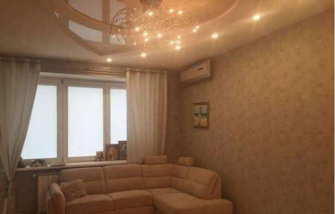 Предлагается в аренду просторная трёхкомнатная квартира в одном из лучших домов столицы. кирпичный дом.современный евроремонт. в ...
