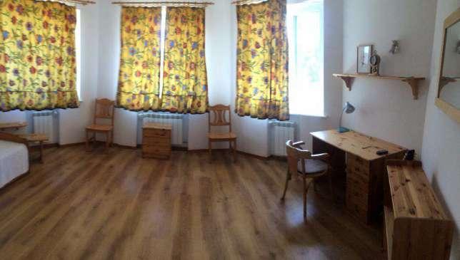 Фото 2 - Сдам дом Киев, Богатырская ул.