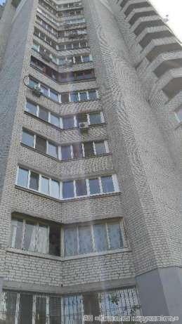Фото - Продам квартиру Киев, Львовская ул.