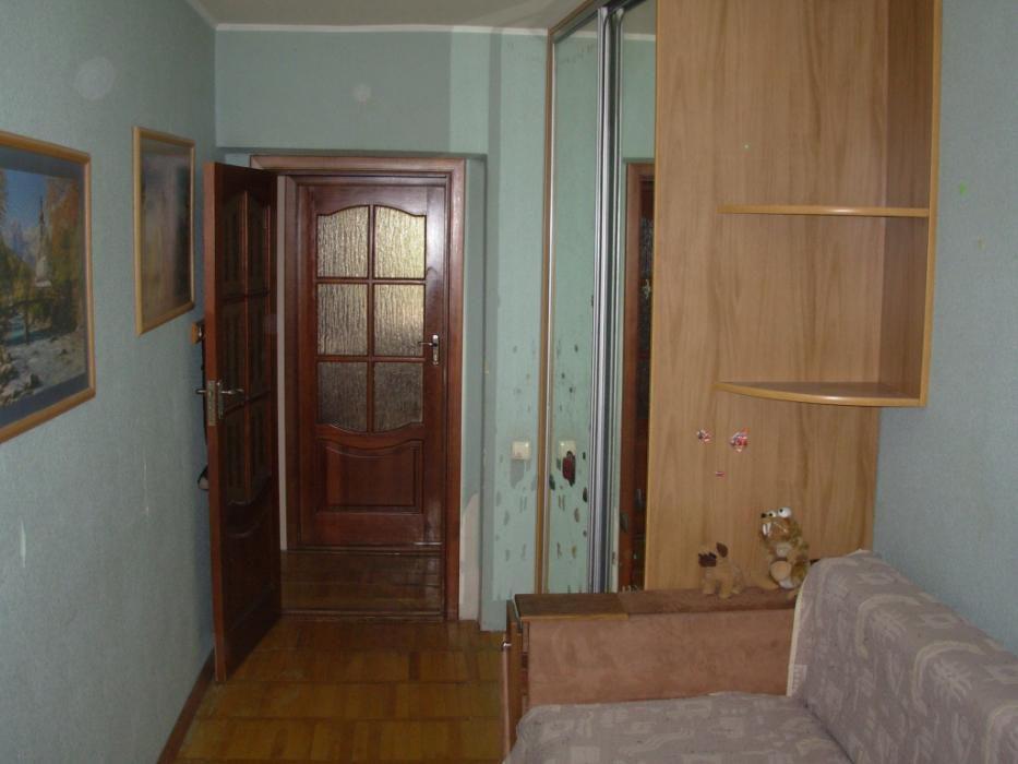 Фото 4 - Продам квартиру Киев, Кирилловская (Фрунзе) ул.