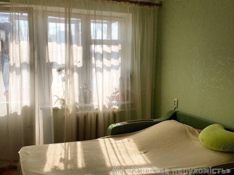 Фото - Продам квартиру Киев, Туполева Академика ул.