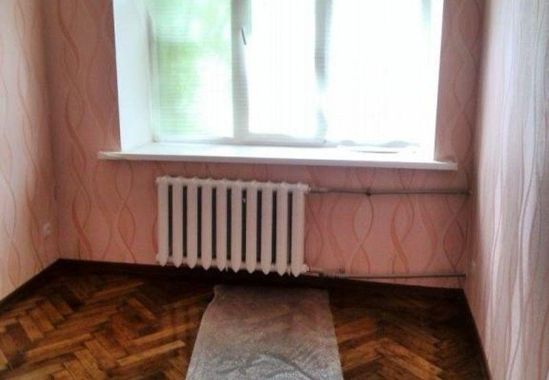 Продам квартиру Харьков, Каразина ул.