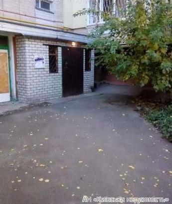 Фото 5 - Продам квартиру Киев, Кравченко Николая ул.