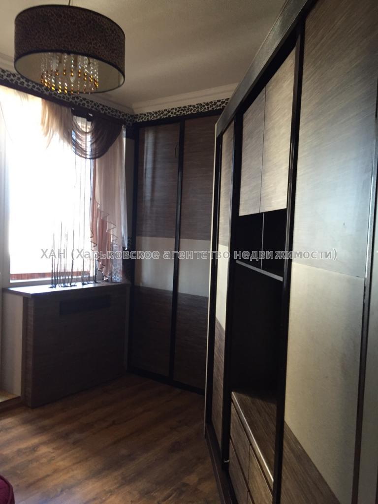 Продам квартиру Харьков, Гвардейцев Широнинцев ул. 5